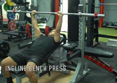 BENCH PRESS (INCLINE)